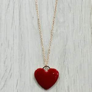 The Love Collection rappresenta la spiritualità, l'emotività, la moralità insite nell'essere umano. Un tempo si riteneva che il cuore fosse sede della mente umana, le rappresentazioni del cuore sono simboli che rappresentano l'amore.