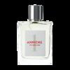 Annike 1 Eau de Parfum 100 ml morbida come una carezza. Una fragranza floreale, succosa, perfetta per la quotidianità. La purezza del mughetto si sposa con accordi di gelsomino e muschio bianco.