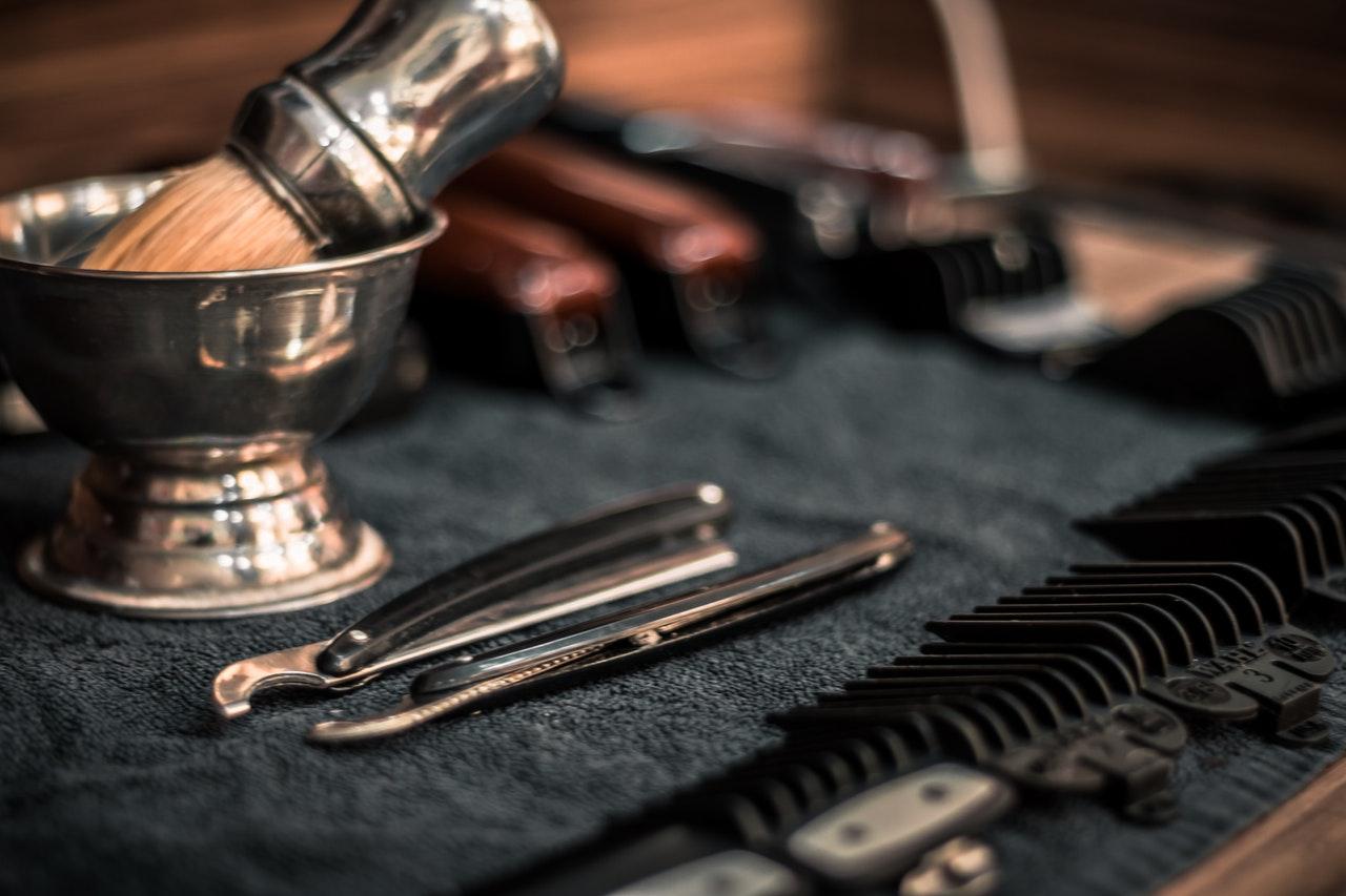 rasatura tradizionale