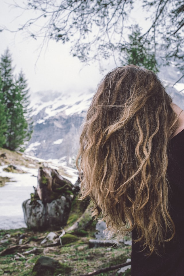 capelli crespi rimedi